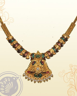 Sri Kumaran Thanga Maligai Necklace Designs