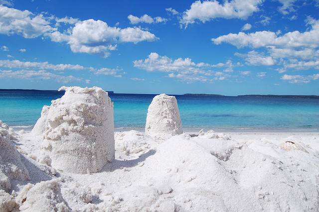 Pantai pasir putih yang terputih di dunia