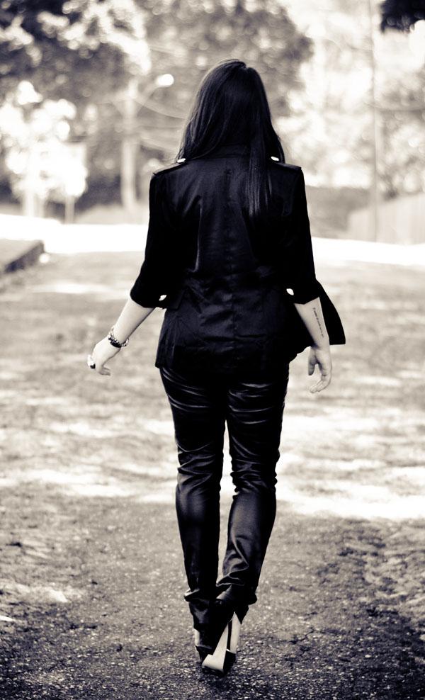 look rock - calça de couro - blazer preto
