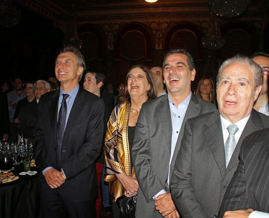Macri felicitó a sus legisladores por el trabajo del 2014