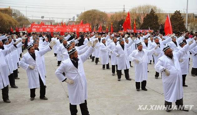 Imam Masjid Xinjiang dipaksa Menari sebagai ganti Shalat