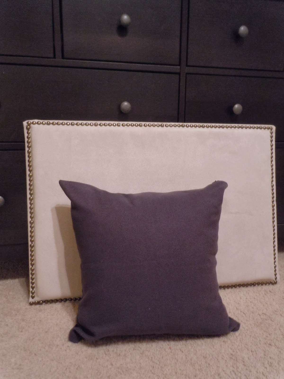 Restyle home staging diy fake headboard for Fake headboard