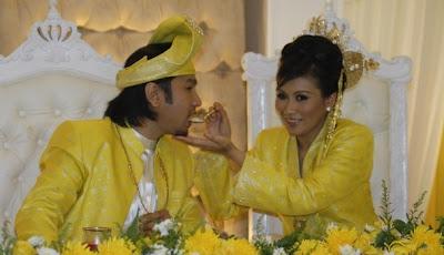 Gambar Aqasha dan Noor Baizura Wedding