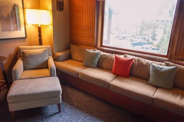 salish lodge hotel room window seat