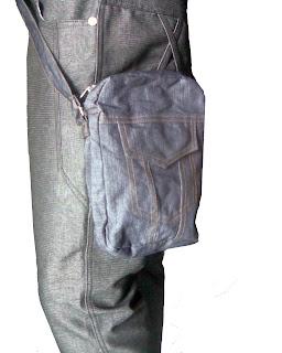 paduan celana dan tas jeans
