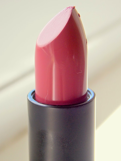 Topshop Lips in Devotion Review Close Up