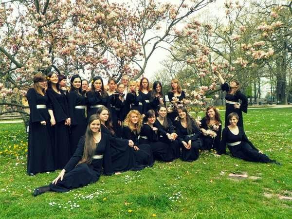 женски хор краков