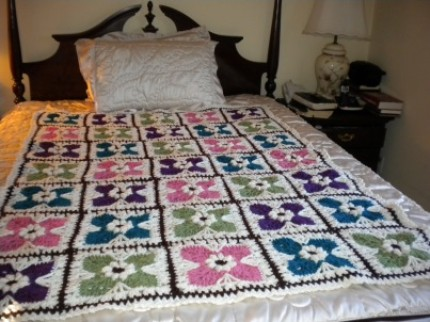 Flower Tiles Afghan - Free Pattern