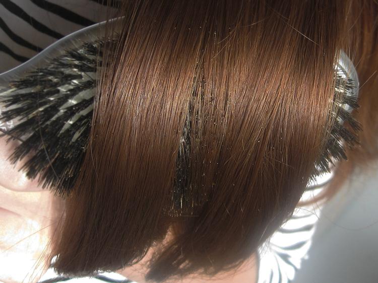 Pielęgnacja włosów przetłuszczających się - jak ograniczyć przetłuszczanie się włosów?