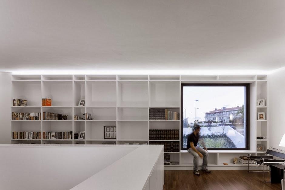 Casa quinta dos alcoutins dise o mininalista arquitectos for Casa quinta minimalista