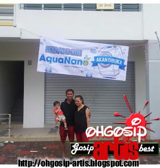 Keluarga bahagia Siti Sarah
