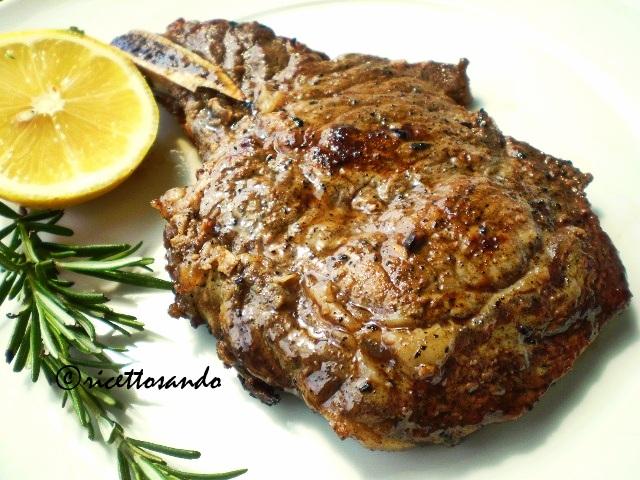 Braciolette di manzetta alla griglia ricetta semplice di carne di manzo