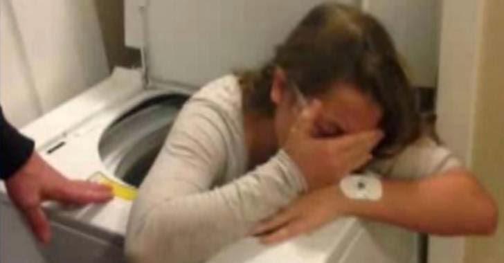 gadis terjebak di dalam mesin cuci