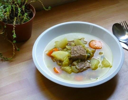 zuppa di carne con verdure