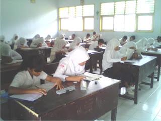 Siswa Kelas III SMPN-6 Kobi Mantapkan Diri Hadapi UN