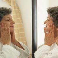 Kebiasaan yang bikin orang cepat tua cara mengatasi penuaan dini cara bikin awet muda