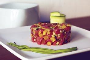 Tartare di filetto e zucchine con mostarda mantovana di fichi secchi e polenta croccante