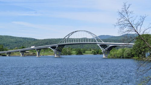Crown Point bridge