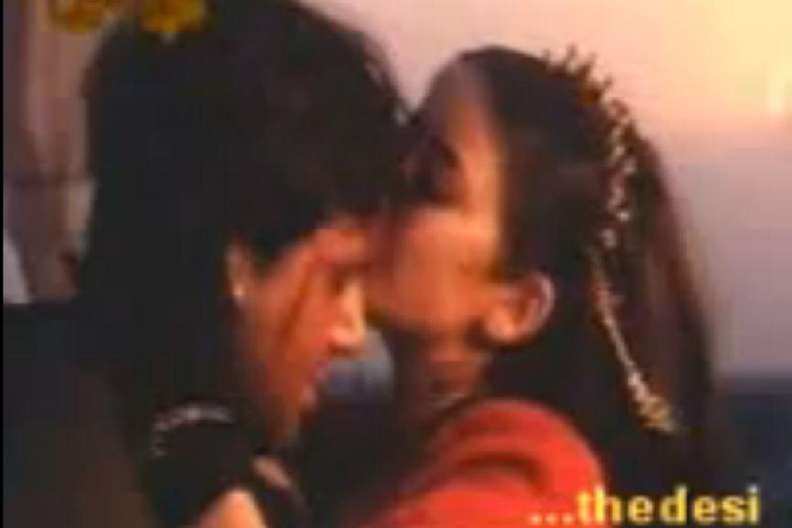 Manisha Koirala Kiss Scene