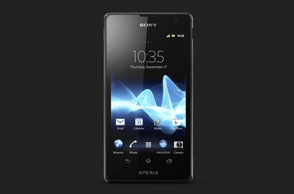 Xperia T Review PRESS SHOT