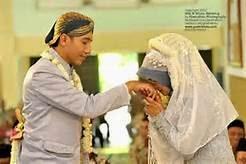 busana pengantin muslim