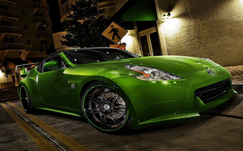 http://1.bp.blogspot.com/-OqA_vjjK89Q/USjjin6l1KI/AAAAAAAAA18/26Vl2cF9-Uw/s1600/Nissan+Tuning+Roronto+In+Green+Colour.jpg