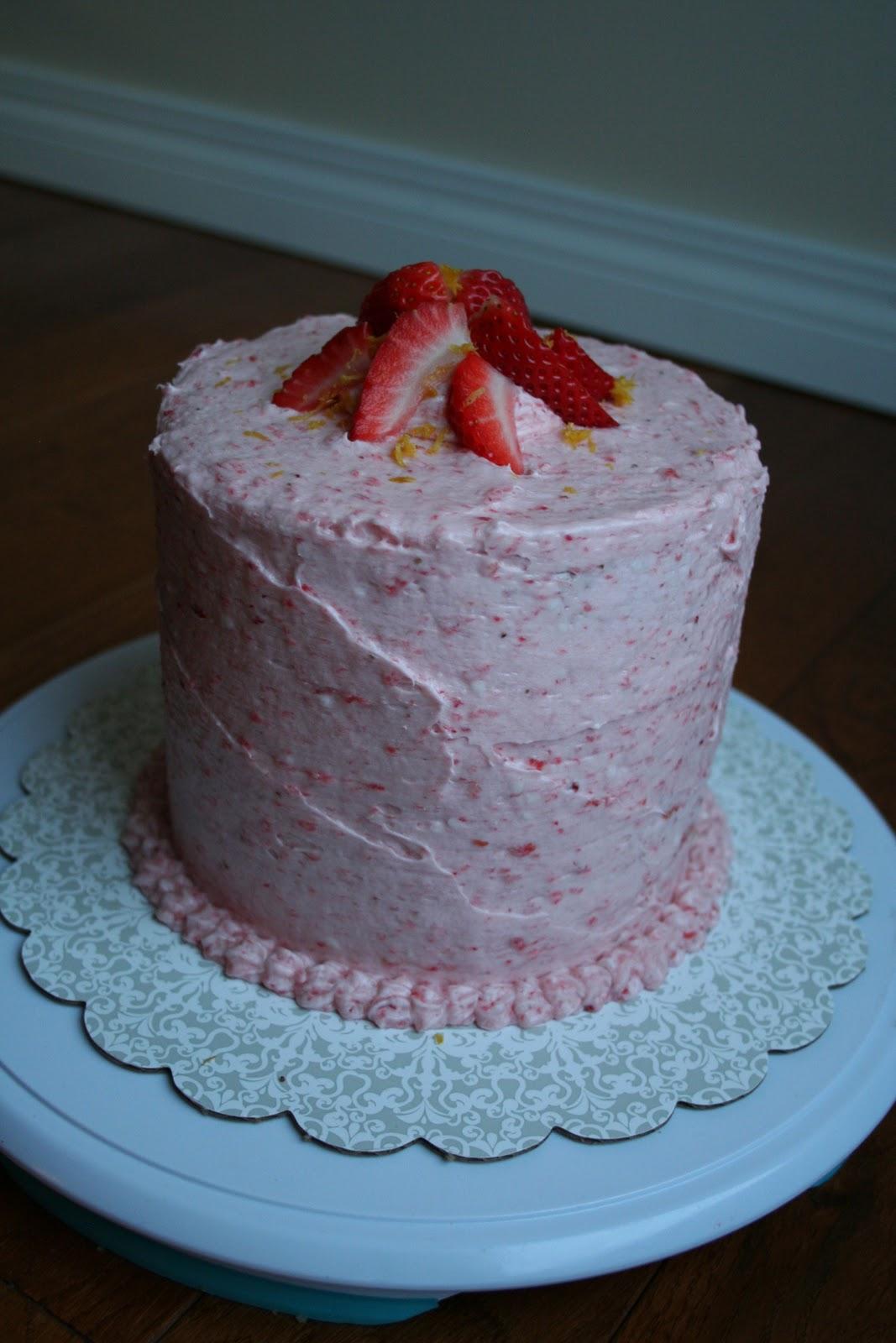 Naked Cupcakes: Strawberry Lemon Cake