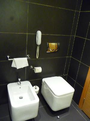 Hotel NH Bologna de la Gare - Bathroom