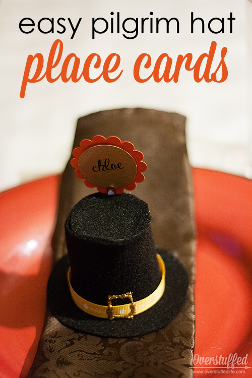 How to make cute pilgrim hat Thanksgiving place cards. They are very simple to make!
