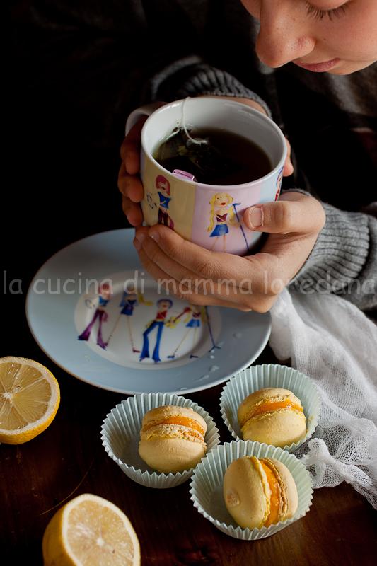 macarons con crema al limone e un pensiero a tutte le donne