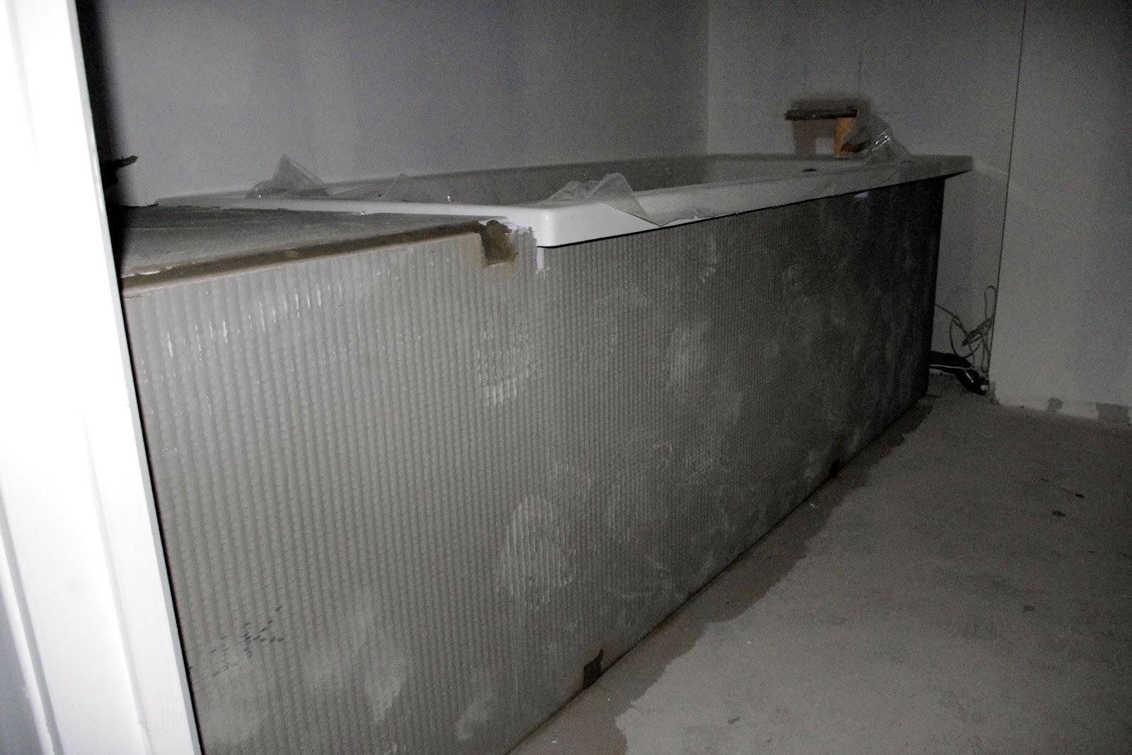 coffrage de la baignoire projet n 19. Black Bedroom Furniture Sets. Home Design Ideas