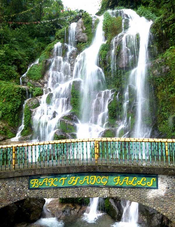 Bakthang Waterfalls An Eco Friendly Spot In Gangtok Dooars Ecoviillege