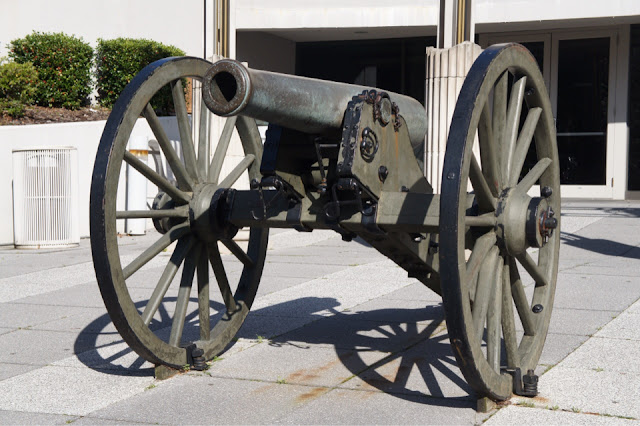 Cannon royalty free images at no charge