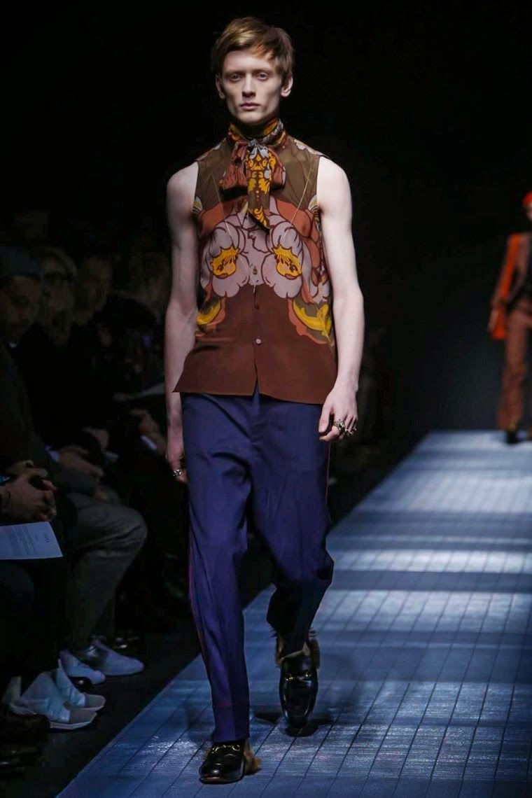 Gucci AW15, Gucci FW15, Gucci Fall Winter 2015, Gucci Autumn Winter 2015, Gucci, du dessin aux podiums, dudessinauxpodiums, MFW, Pitti Uomo, mode homme, menswear, habits, prêt-à-porter, tendance fashion, blog mode homme, magazine mode homme, site mode homme, conseil mode homme, doudoune homme, veste homme, chemise homme, vintage look, dress to impress, dress for less, boho, unique vintage, alloy clothing, venus clothing, la moda, spring trends, tendance, tendance de mode, blog de mode, fashion blog, blog mode, mode paris, paris mode, fashion news, designer, fashion designer, moda in pelle, ross dress for less, fashion magazines, fashion blogs, mode a toi, revista de moda, vintage, vintage definition, vintage retro, top fashion, suits online, blog de moda, blog moda, ropa, blogs de moda, fashion tops, vetement tendance, fashion week, Milan Fashion Week