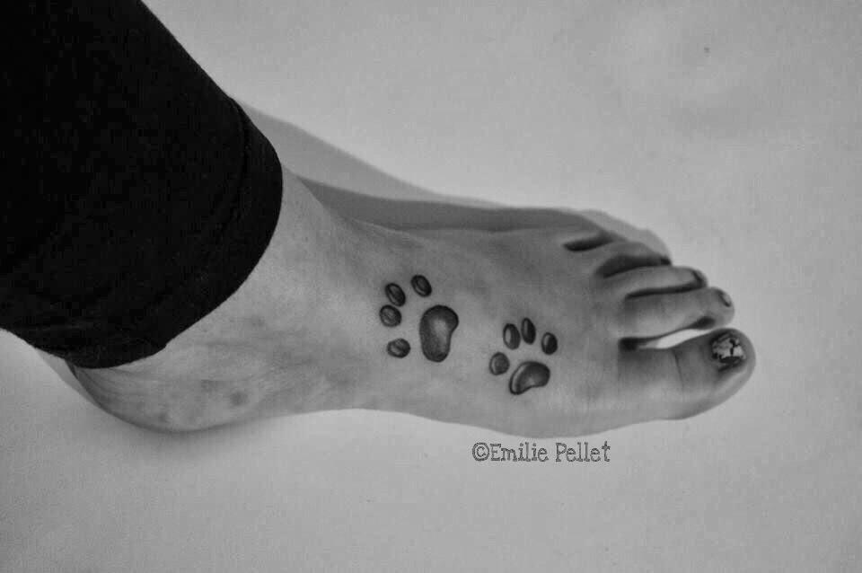 Emilie tattoo pattes de chat cat paws tattoo copyright emilie pellet 2013 - Tatouage chat original ...