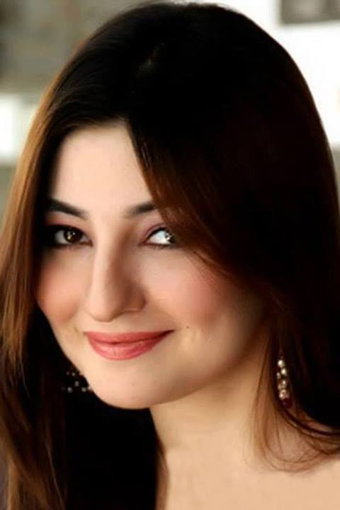 Pashto Singer Gul Panra Biography and today all news for Gul Panra