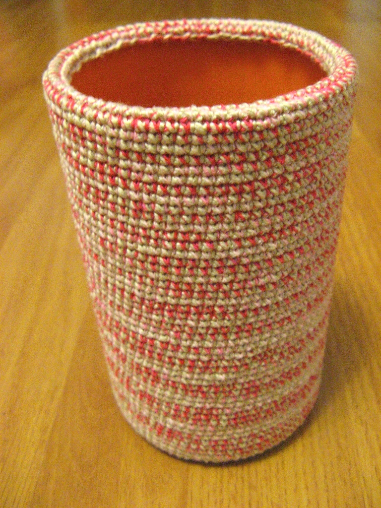 Вязание крючком - Вязаная крючком ваза.