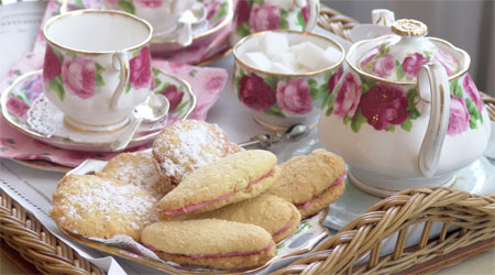 [Image: tea-and-biscuits1.jpg]