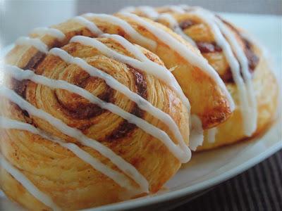 cinnamon roll danish