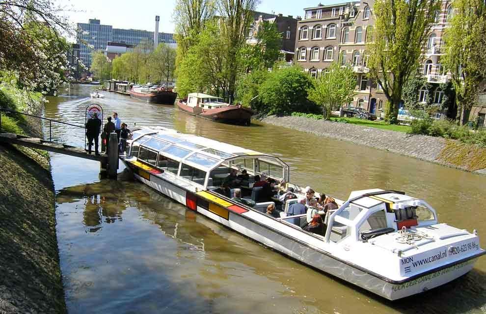 Los restaurantes en los barcos, Amsterdam