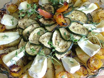 Pieczone ziemniaczki z warzywami