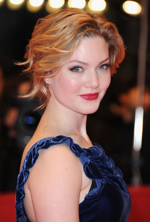 Holliday Grainger Wavy Curly Updo