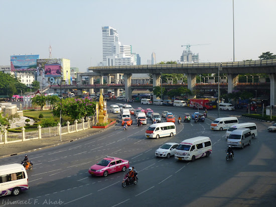 Traffic around Victory Monument, Bangkok