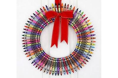 guirlanda de lápis de cor