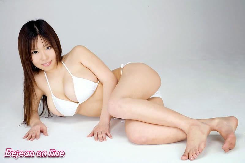 10 Artis Jepang Paling Seksi