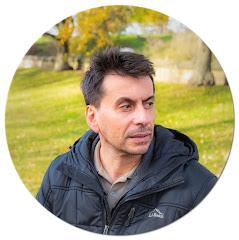 Professor Carlos Corona