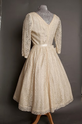 A guide to vintage lace wedding dresses, c Heavenly Vintage Brides, rear view of 1950s wedding dress