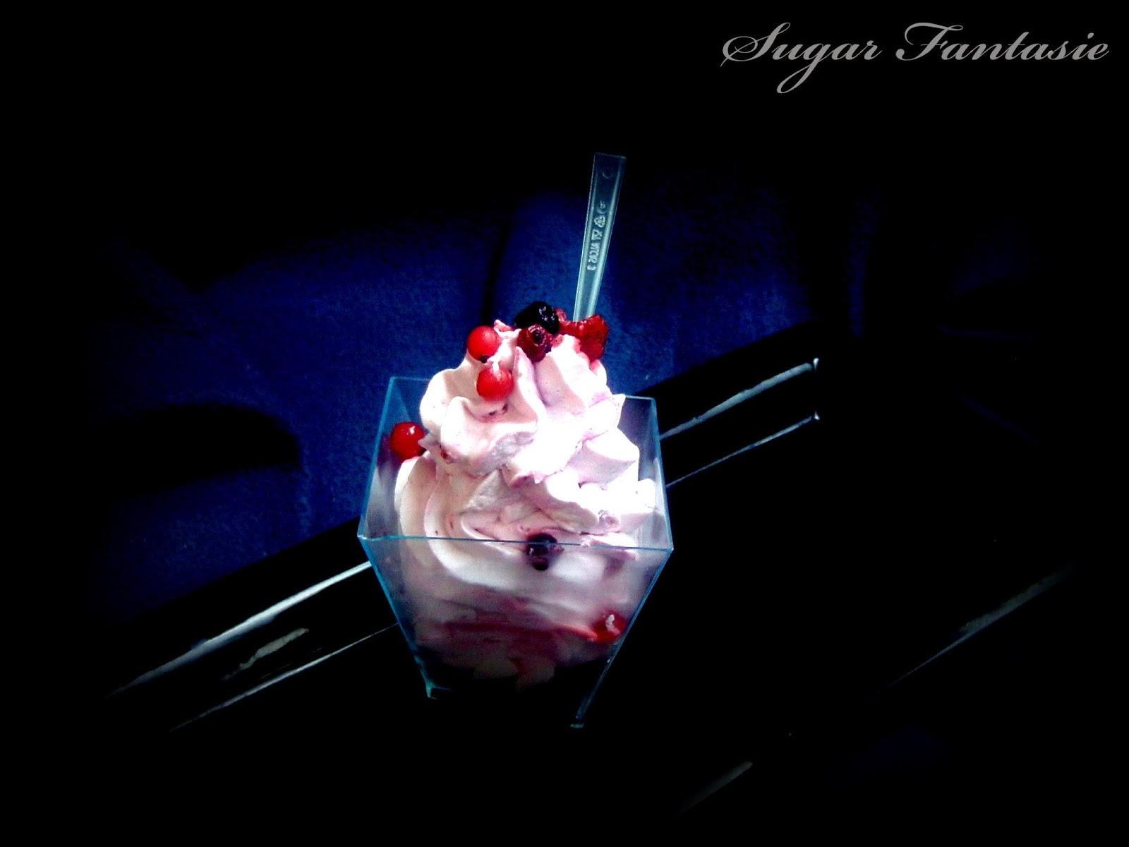 Joghurtos erdei gyümölcshab