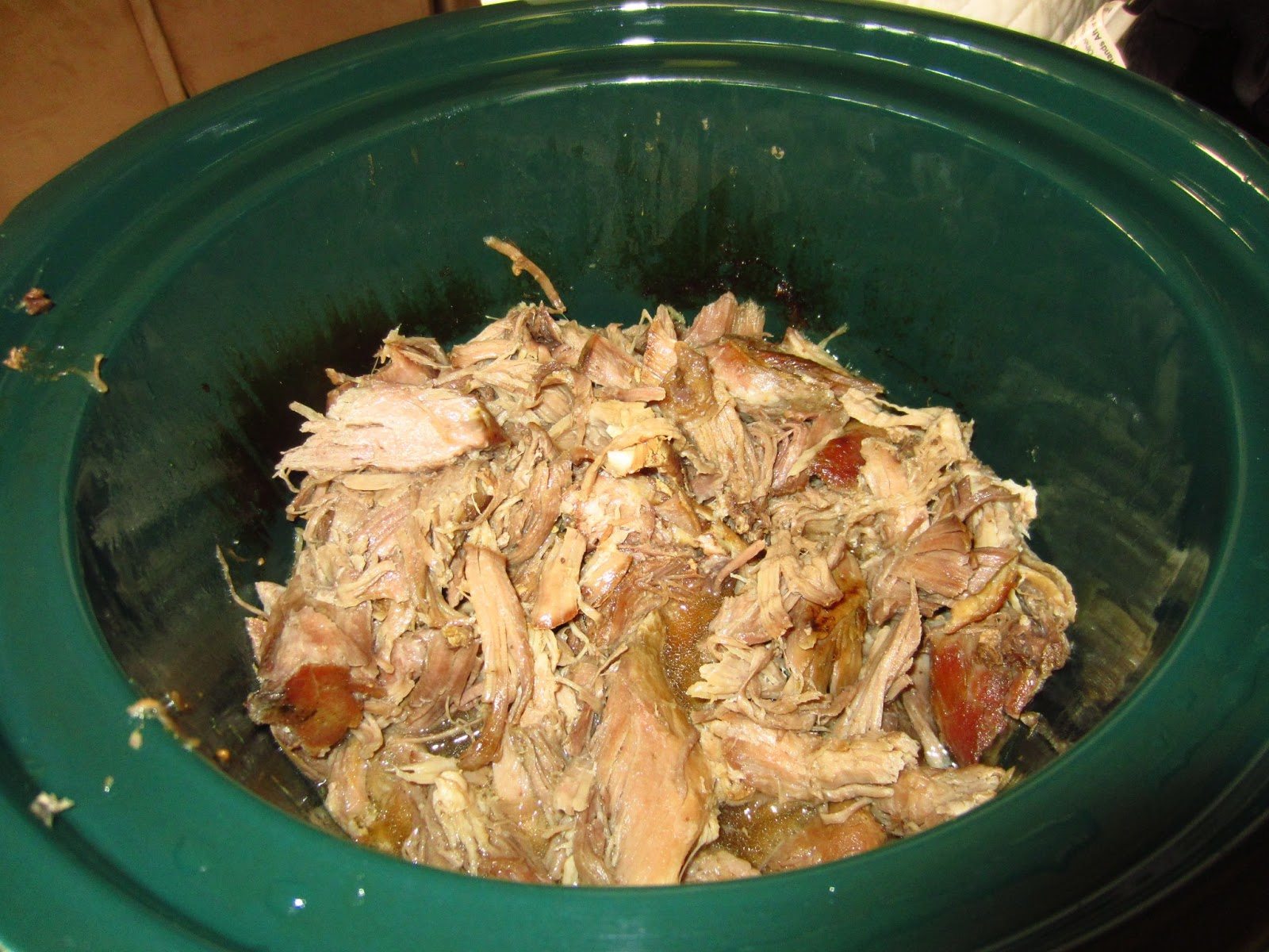 Sisters Do Food and Fitness: Kalua Pork in the Slow Cooker