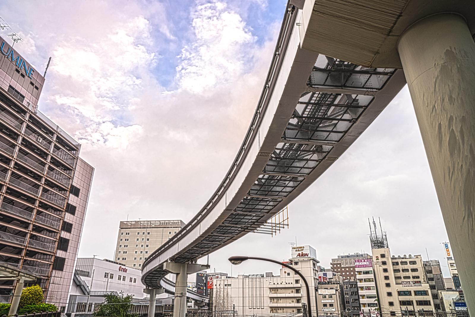 多摩モノレール、立川北駅南口の写真 HDR
